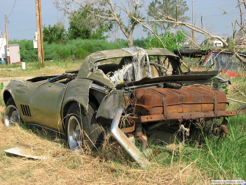 Corvette C3 Salvage Picture Collection